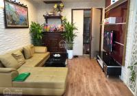Cần bán căn hộ 2PN tòa CT5A KĐT Văn Khê DT 89m2, nội thất gắn tường: Sàn gỗ, tủ bếp, điều hòa, NL