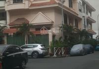 Biệt thự đường Bàu Bàng 340m2 sân vườn lộng lẫy, phường 13, Tân Bình. Hướng Đông Nam