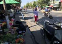 Hot, cần bán căn nhà mặt tiền đường Nguyễn Thị Minh Khai, ngay chợ Chiêu Liêu, TP. Dĩ An