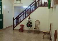 Cho thuê nhà phố Hồ Tùng Mậu DT 70m2, 3 tầng, MT 4m, nhà thoáng đẹp giá, 13tr/th LH 0912567209
