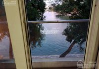 Bán gấp nhà mặt hồ Hoàng Cầu ô tô tránh, view hồ, 5 Tầng, 75m2, MT 4.5m thuê 50tr/th 19 tỷ Đống Đa
