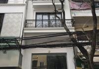 Cho thuê nhà mặt phố Đặng Tiến Đông. DT: 50m2 x 4 tầng, giá: 30 triệu/th, LH: 0986.915.915