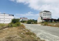 Bán nhanh lô đất đẹp ven biển Dốc Lết khu kinh tế Vân Phong giá rẻ. LH 0981153986