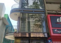 Cho thuê góc 2 mặt thoáng Trần Hưng Đạo-Nguyễn Văn Cừ Quận 1 sàn suốt ốp kính 300m2 5 tầng 79 triệu