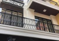 Cho thuê nhà Liễu Giai, Đào Tấn, 80m2 x 5T MT 6m nhà sàn gỗ, oto 7 chỗ đỗ cửa, đủ điều hòa 15tr/th
