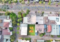 Bán gấp đất biệt thự KDC D2D, Biên Hoà, 18m x 25m, giá chỉ 29,5 tỷ, 0347979451