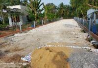 Bán đất đường Hương Lộ 11, xã Long Thượng, DT 200m2 giá trả trước 950tr SHR hình thật
