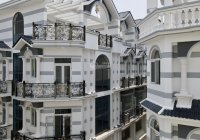 Nhà phố cao cấp Tạ Quang Bửu, Quận 8, kết cấu 1 trệt 3 lầu, giá 7.5 tỷ/căn, CĐT: 0906.751.182