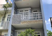 Cần cho thuê nhà mặt tiền nguyên căn nằm ngay đường Bình Phú, Quận 6 gần ngã tư Chợ Lớn. DT 4x20