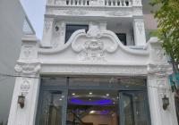 Cho thuê nhà đẹp đường Nơ Trang Long, gần BV Gia Định, DT: 4.3x20m, trệt, 2 lầu, giá: 16 triệu/th