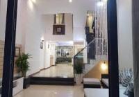 Chính chủ cho thuê nhà Thạch Thị Thanh, Tân Định Q1 DT 4x18m có 6 tầng giá tốt cho khách thiện chí