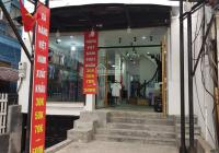 Cho thuê gấp nhà mặt phố Trần Duy Hưng, DT 90m2 x4 tầng, mặt tiền 7m. Giá 65tr/tháng, có hầm