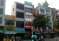 Cho thuê nhà MT Đinh Tiên Hoàng, Q1 - 4x15m 4 tầng giá 50tr ngay trường Đinh Tiên Hoàng