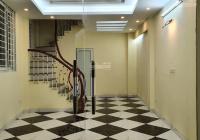 Cho thuê nhà 6 tầng DT 30m2 ngõ 3 gác vào, cách đường Đại La 10m, Hai Bà Trưng. LH: 0979300719