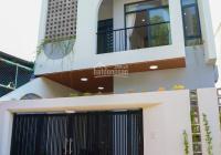 Bán nhà mới 1 sẹc DX01, Phú Mỹ, Thủ Dầu Một, cách DX01 có 50m. Nhà thiết kế hiện đại và cổ điển