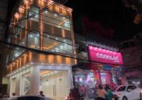Cần cho thuê gấp căn góc 2MT đường Lê Lai và Nguyễn Thái Học, 6x22m, trệt, 2 lầu, giá: 120tr/th
