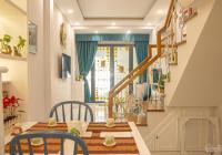 Cho thuê nhà full nội thất cao cấp trung tâm Q1. 18tr