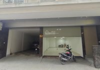 Cho thuê nhà mặt phố Yên Hòa. DT 150m2 x 2T mặt tiền 6m, kinh doanh. Giá 30 triệu LH số 0387606080