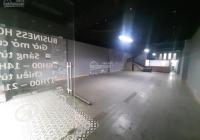 Cho thuê nhà phố Trần Thái Tông 172m2 x 2 tầng, thông sàn, mặt tiền 7m, góc ngã 3 sầm uất (xem ảnh)