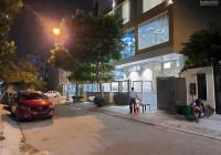 Nhà MT đường, có sân rộng, DT: 192m2 (8m x 24m)1 trệt, 2 lầu, 4 PN - 5WC. LH: 0968370648
