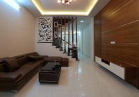 Bán gấp nhà quá đẹp tại Khương Đình. DT: 50m2 x 4 tầng, ô tô đỗ cửa, ngõ thông, 2 mặt thoáng, SĐCC