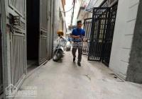 Lô góc phố Trần Bình, 32m2, 4 tầng, mặt tiền 4m, giá chỉ 3,25 tỷ còn thương lượng