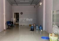 Nhà cho thuê 2 lầu mặt tiền Lãnh Binh Thăng, P. 11 - Q. 11 - 4.5x24m, vỉa hè rộng, tiện kinh doanh