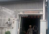 Bán căn nhà giá rẻ sát đường Phước Thiện, ngay cổng Vinhome quận 9, 77m2 giá chỉ 3,35 tỷ