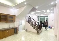 Cho thuê nhà 4 tầng x 45m2 ngõ 319 Tam Trinh