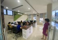 Cho thuê nhà Nguyễn Xiển, Thanh Xuân. DT đất 175m2, XD 80m2*4 tầng, MT 18m căn góc giá 38 tr/th