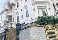 Bán villa sân vườn hồ bơi tuyệt đẹp góc 2MT Nguyễn Ư Dĩ, Thảo Điền ngay nhà hàng The Deck