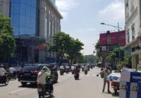 Cho thuê nhà mặt phố Nguyễn Thái Học, DT 60m2x5T MT 4,5m 55 triệu/tháng, lh 0334894663