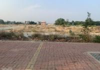 Bán lô đất mặt tiền đường số 8, thị trấn Long Điền