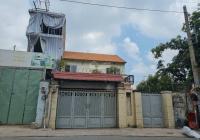 Chính chủ cần sang nhượng 4 lô liền kề giá chỉ 180tr/m2 nhà mặt tiền Nơ Trang Long giá tốt cực tốt