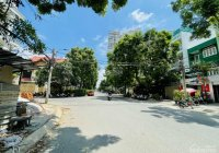 Nhà đẹp mặt tiền đường Lê Thị Chợ, khu phức hợp La Casa, Quận 7. 7*30m, hầm + 4 tầng
