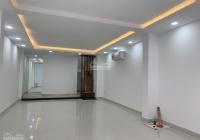 Cho thuê nhà mặt tiền 212A Nguyễn Trãi, Quận 1. Gần vòng xoay Phù Đổng LH Chị Trúc 0931116390