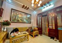 Cần bán gấp nhà lô góc 2 thoáng cực đẹp, gần phố, ở sướng phố Vĩnh Tuy. 50m2, 4 tầng giá chỉ 4,4 tỷ