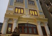 Cho thuê nhà mặt phố Nguyễn Văn Huyên, Cầu Giấy, DT 70m2, 7 tầng, MT 6m, thang máy. Giá 70tr/th
