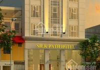 Bán gấp khách sạn chuẩn 4 sao 750m2 17 tầng khu vực Bãi Cháy, Hạ Long, giá mùa covid