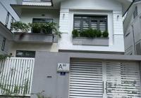 Bán đất sổ đỏ lô góc Sadeco Vivo City dt: 237,4m2 giá chỉ 27,4 tỷ lh 0933566766