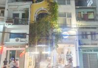 Bán nhà mặt tiền Huỳnh Văn Bánh giao thông rất thuận lợi