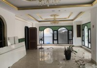 Cho thuê nhà đẹp nhất phố Hàng Bún: Diện tích 100m2 x 3 tầng, mặt tiền 10m, nhà mới thông sàn