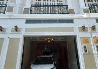 Mặt tiền đường thông Quốc Lộ 13, gần Chợ Bình Triệu, tiện ở, làm công ty, spa.. Kinh doanh online