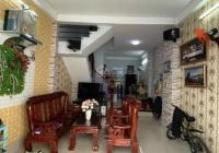 Nhà 1 sẹc trên đường Vĩnh Khánh, Phường 8, Quận 4, sổ hồng riêng, sang tên ngay, giá chỉ 2 tỷ