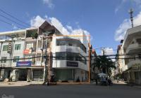 Cho thuê nhà góc 2 MT 220 Cao Lỗ, Quận 8. DT: 5x18m, 3 tầng. Giá chỉ 45 triệu/tháng
