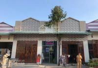 Gia đình cần bán 2 dãy trọ 16p + 2 kiot vị trí đẹp tại KCN, đông dân