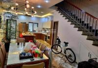 Nhà phân lô - tiểu khu nhà ở Ngọc Khánh Cạnh bệnh viện Phụ Sản 95m2 ô tô đỗ cửa
