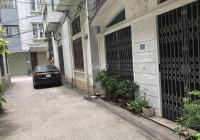 Bán nhà chính chủ đẹp, hiếm tại khu vực giá 122 triệu/m2, DT 54,6m2 (5,2x10,5 m). Quận Long Biên