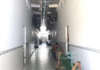 Sang lỗ 1 dãy nhà trọ hẻm xe hơi Nguyễn Tất Thành, 100m2 gồm 6 phòng, thu nhập 20 triệu/tháng