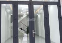 Cho thuê nguyên căn Huỳnh Văn Bánh P. 15 Q. PN 1 trệt 2 lầu 3 phòng 3WC ở, spa, nail, VPCT 11.5tr/t